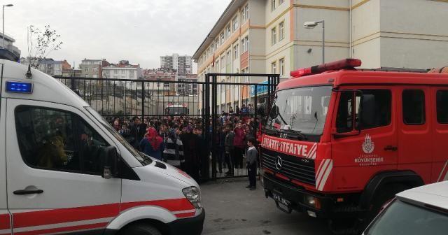 İstanbul'da ortaokulda yangın paniği