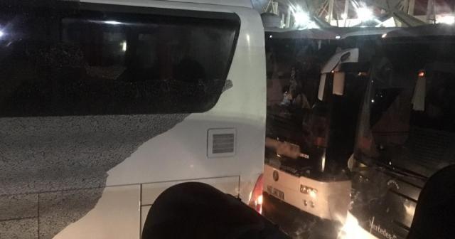 Konyaspor taraftarını taşıyan otobüslere saldırı