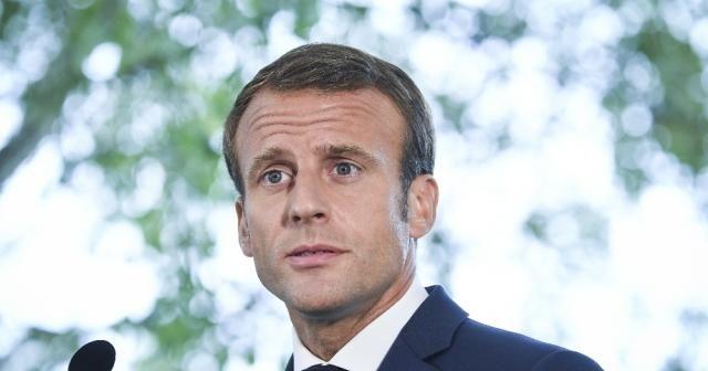 Macron, Sarı Yelekliler'le görüşecek