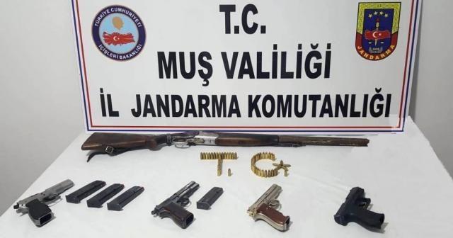 Muş'ta PKK/KCK operasyonu: 10 gözaltı