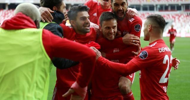 Sivas Göztepe'yi 2-0'la geçti