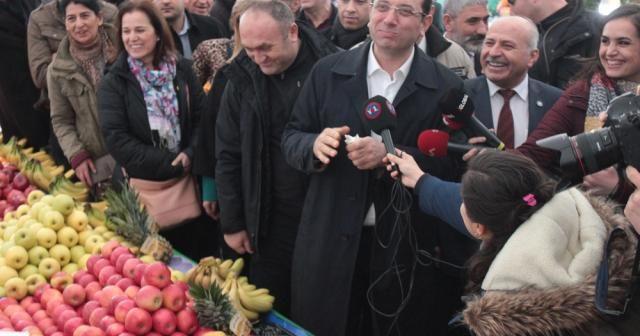 Ekrem İmamoğlu Tuzla'da semt pazarını gezdi