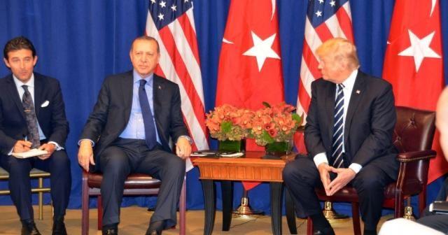 Erdoğan Trump ile Münbiç'i görüştü