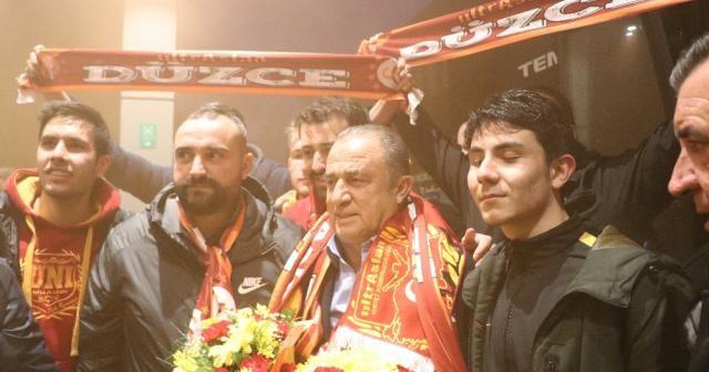 Galatasaray'a Bolu'da coşkulu karşılama