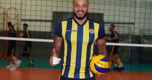Salvador Hidalgo Oliva Fenerbahçe'de