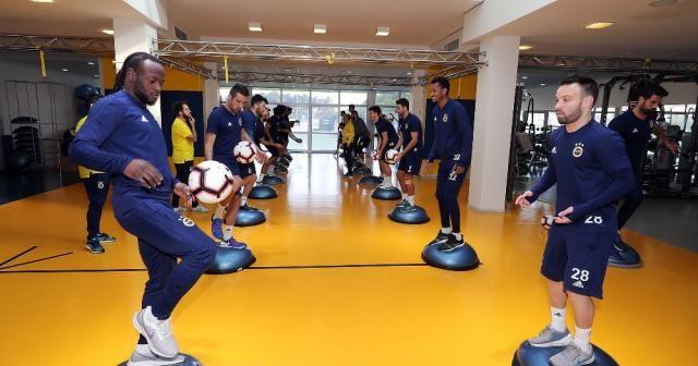 Fenerbahçe'de Zenit maçı hazırlıkları sürüyor