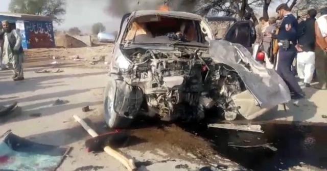 Pakistan'da feci kaza: 16 ölü