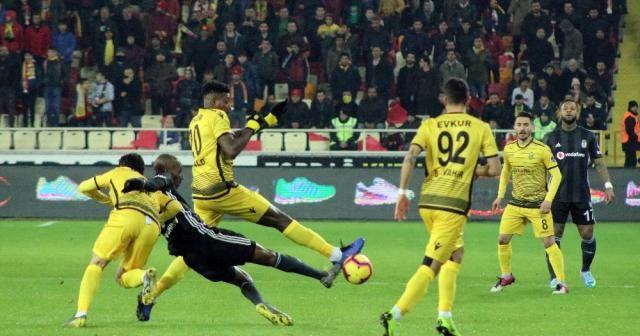 Spor Toto Süper Lig: E. Yeni Malatyaspo: 0 - Beşiktaş: 0 (İlk yarı)