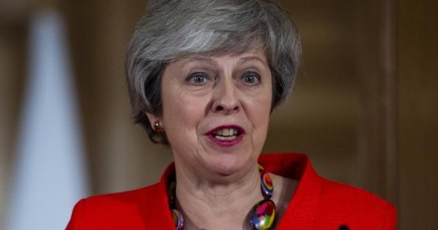 Theresa May Brüksel'den eli boş döndü