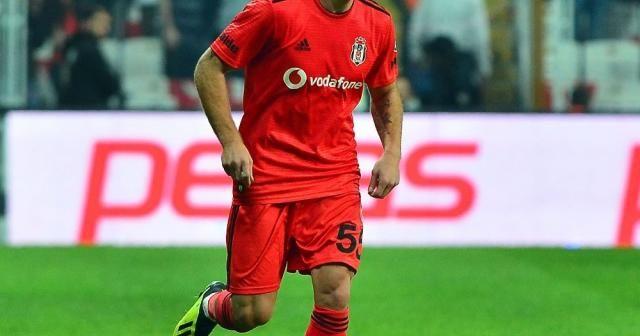 Beşiktaş'tan Gökhan Töre'ye disiplin soruşturması