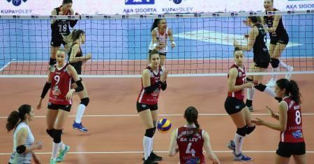 Eczacıbaşı VitrA, Kupa Voley'de yarı finalde