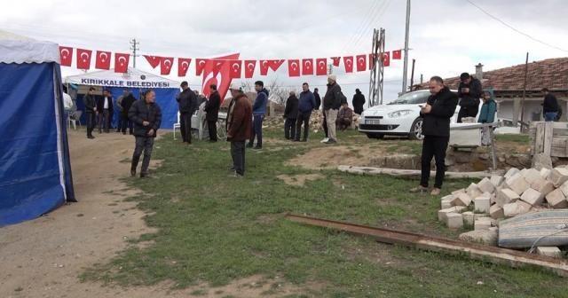 Kırıkkaleli şehidin baba ocağına Türk bayrakları asıldı