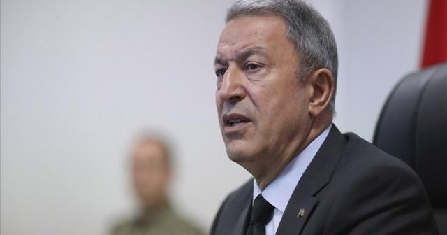 Bakan Akar: ''Türkiye hiçbir ülkeye tehdit değildir''