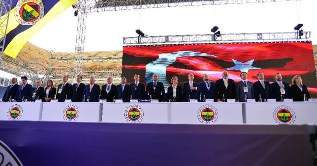 Fenerbahçe'de yönetim kurulunun talepleri kabul edildi