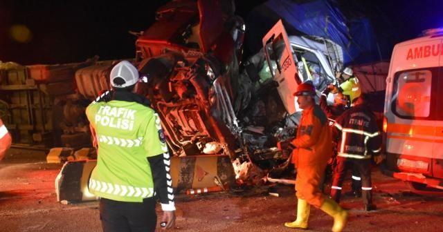 Kırıkkale'de trafik kazası: 2 ölü, 17 yaralı