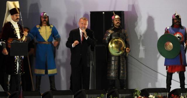 """Cumhurbaşkanı Erdoğan: """"Hiçbir darbe, darbe girişimi yapanların yanına kar kalmadı"""""""