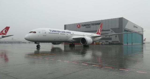 THY, ikinci Dreamliner uçağı İstanbul'da