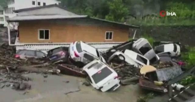 Çin'de şiddetli yağış: 96 kişi köylerde mahsur kaldı