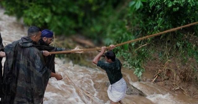 Hindistan'daki sel ve toprak kaymalarında ölü sayısı 132'ye yükseldi