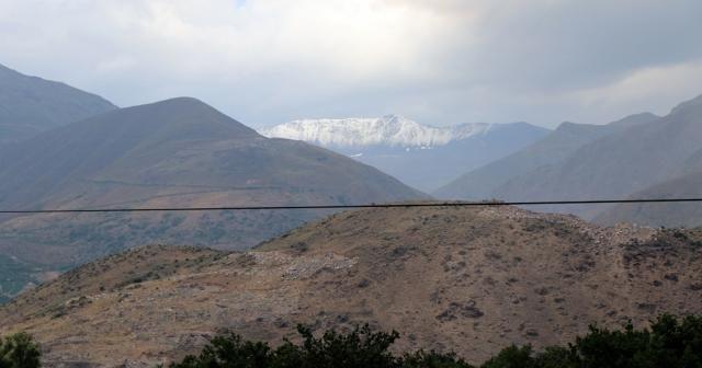 Esence'ye mevsimin ilk karı düştü