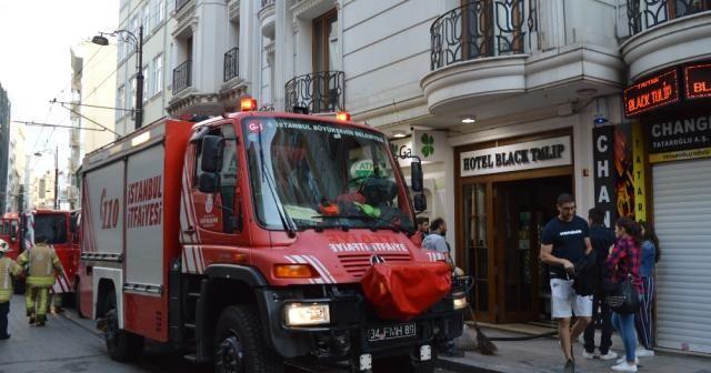 Fatih'te lüks bir otelde yangın paniği