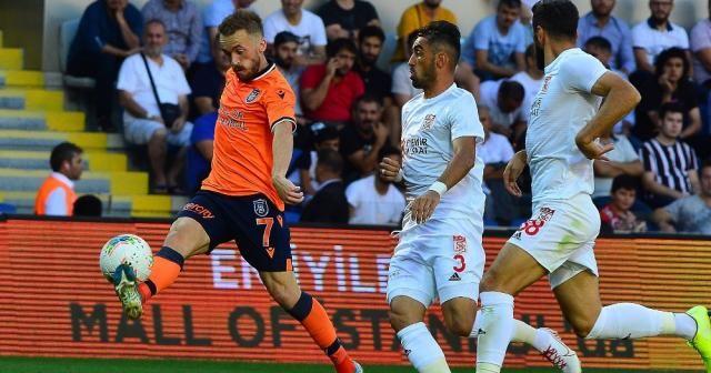 İlk yarı Demir Grup Sivasspor'un