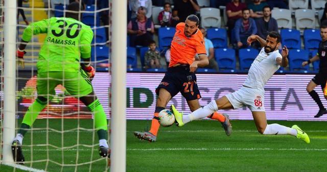 Süper Lig: Medipol Başakşehir: 0 - DG Sivasspor: 0 (Maç devam ediyor)