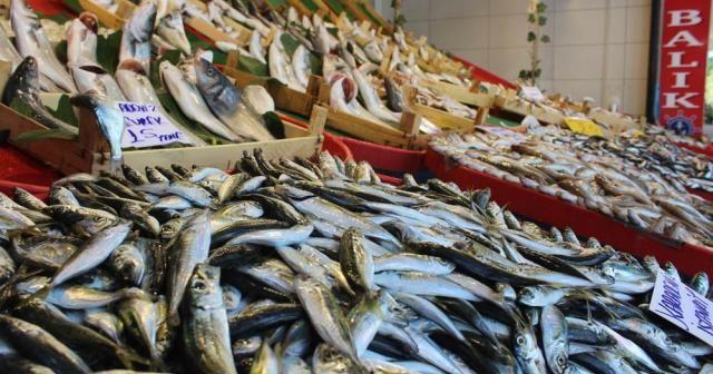 Tezgahta balık bollaşınca fiyatlar düştü