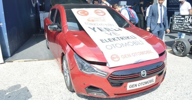 Yerli ve elektrikli otomobil TEKNOFEST'te görücüye çıktı