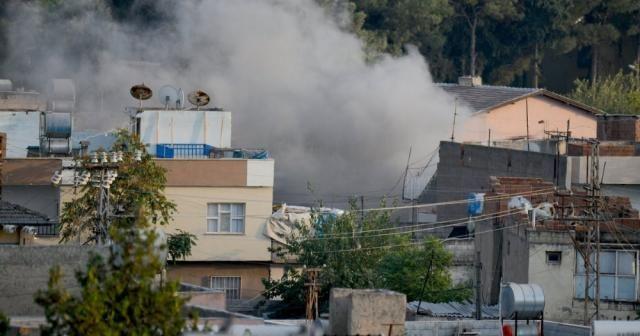 """""""PKK/PYD-YPG'li teröristler ülkemizdeki sivil yerleşim yerlerine saldırıyor"""""""