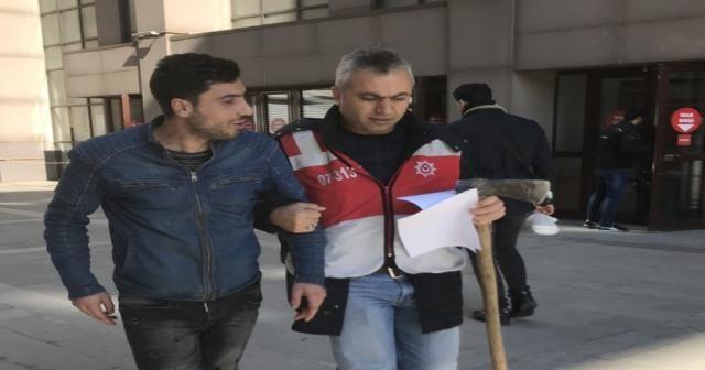 Bakırköy Adliyesi'ne balta ile gelen sanığa beraat