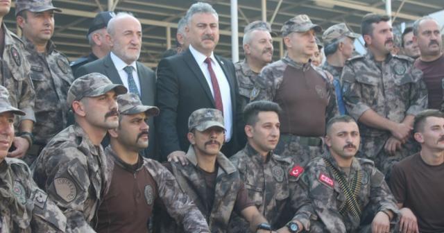 Özel Harekat Polisleri dualarla Suriye'ye gönderildi