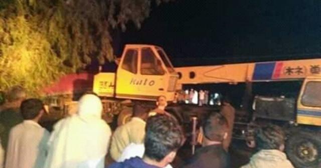Pakistan'da ambulansla treyler çarpıştı: 9 ölü