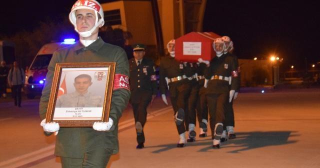 Şehit Zekeriya Altunok'un naaşı memleketi Kayseri'ye gönderildi (