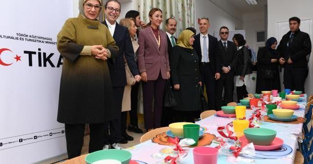 Emine Erdoğan Macaristan'da anaokulu açılışı yaptı