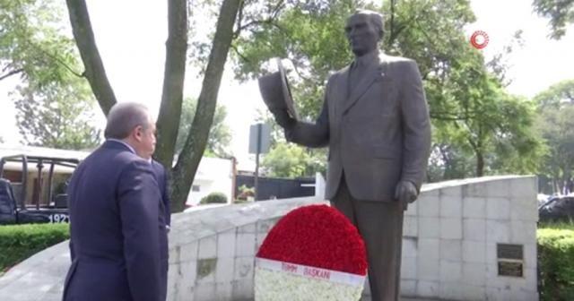 TBMM Başkanı Şentop, Meksika'da Atatürk Anıtı'nı ziyaret etti