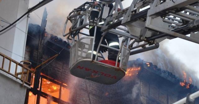 Ordu'da korkutan yangın: Bina alev alev yandı