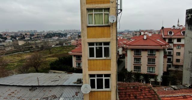 5 katlı ilginç bina, görenleri şaşırtıyor
