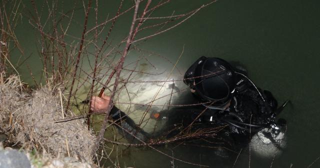Baba ve oğlu balık tutmak için gittikleri suda kayboldu