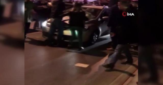 Bahçelievler'de dehşet: Kucağında bebek olan kadının üzerine araç sürdü