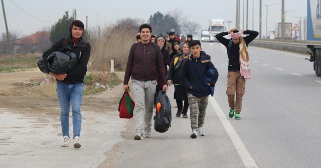 Rumlar sınır kapılarını kapatıyor