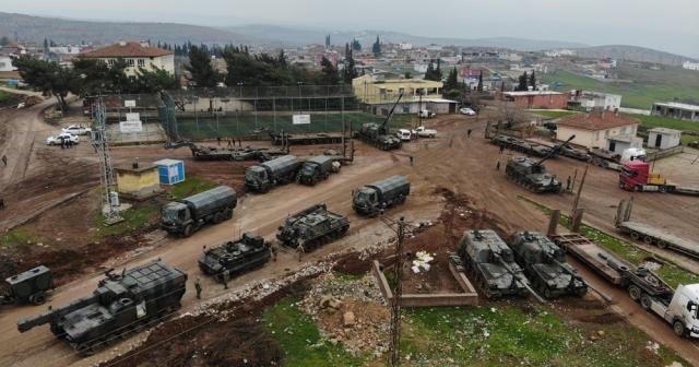 Suriye'ye askeri sevkiyat sürüyor