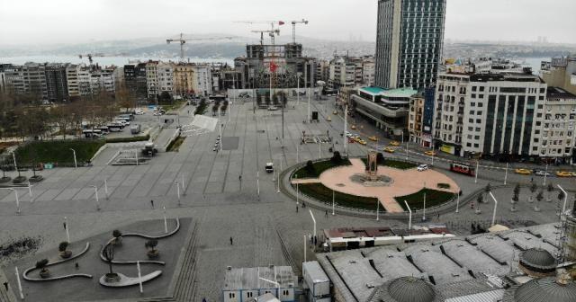 Taksim ve İstiklal Caddesi boş kaldı
