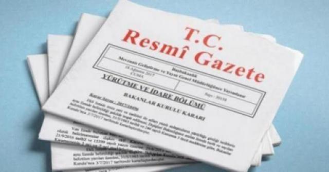 Yönetici ve öğretmenlerinin ders ve ek ders saatlerine ilişkin karar Resmi Gazete'de