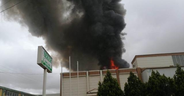 İplik fabrikasında korkutan yangın