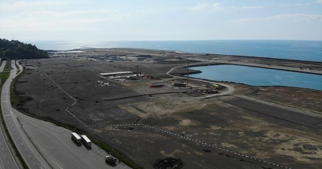 Rize-Artvin Havalimanı inşaatında üst yapılar şekillenmeye başladı