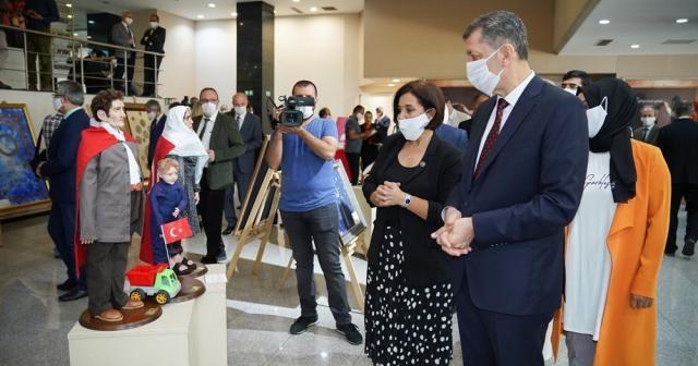 """Bakan Selçuk """"4. Yılında 15 Temmuz Milli İrade Sergisi"""" açılışına katıldı"""