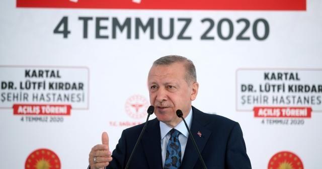 """Cumhurbaşkanı Erdoğan: """"Türkiye'yi 3 kıtanın sağlık merkezi yapma hedefimizde kararlıyız"""""""