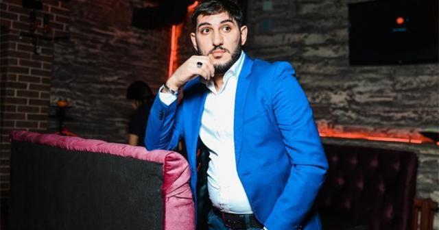 Azeri sanatçının Qemli Qemli şarkısı 8 milyon izlendi