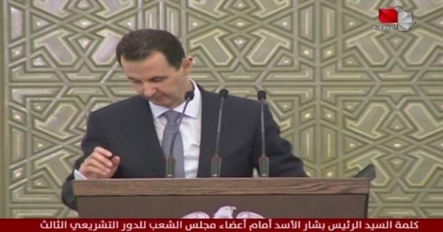 Esad konuşma yaptığı sırada fenalaştı